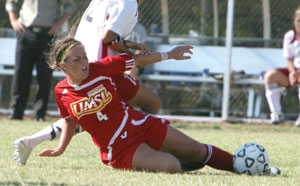 Photo of Anne Nesbitt playing soccer
